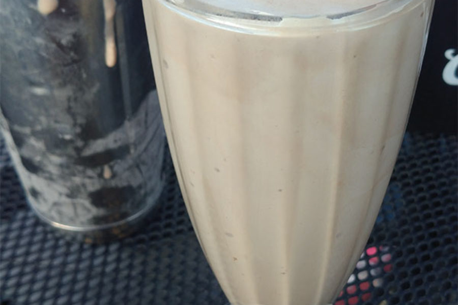 Annie's – Banana Chocolate Milkshake
